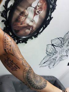 Tatuaje Geometrico Brazo Costa Del Sol Tattoo Me Fuengirola