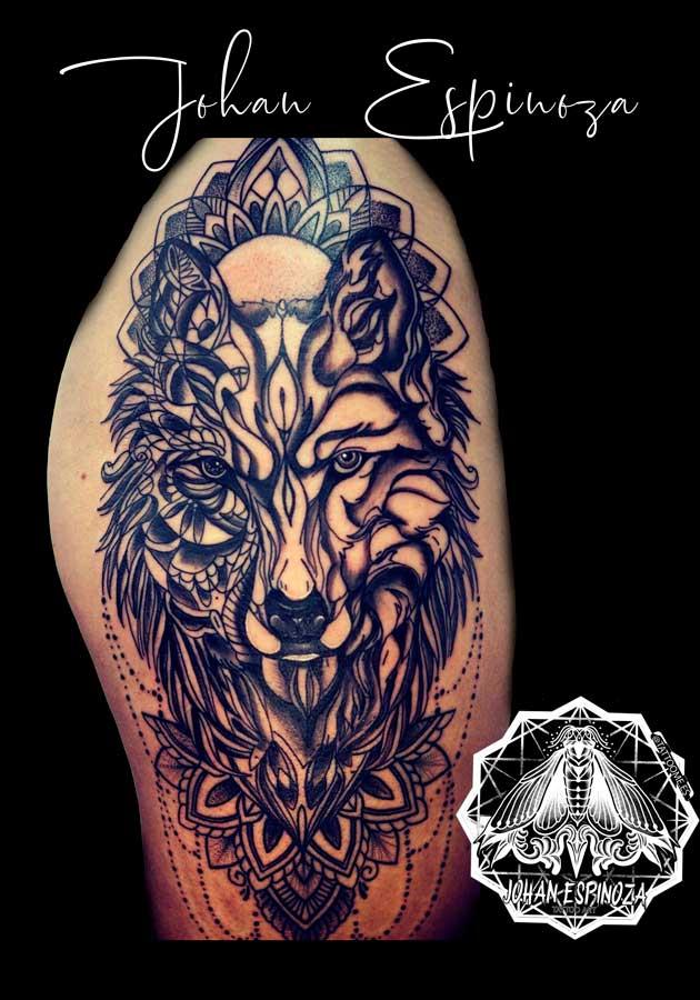 Lobo con mandala y geométrico